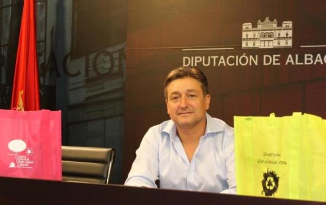 La Diputación repartirá 2.000 bolsas reutilizables en la Feria de Albacete