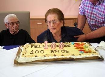 Feliciana Campillo, una vecina de Villarrobledo, cumple 100 años (galería de imágenes)