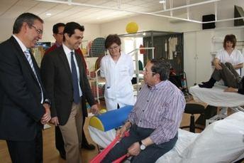 """Cuenca: """"Estamos trabajando para ofrecer una atención integral y de calidad a los enfermos neurológicos crónicos"""""""