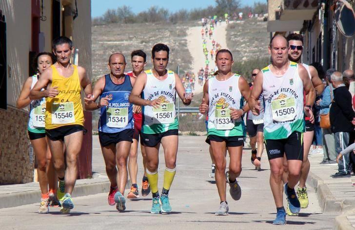 """500 atletas participarán en la XII Carrera """"Memorial Samuel Andújar"""" de Hoya Gonzalo"""
