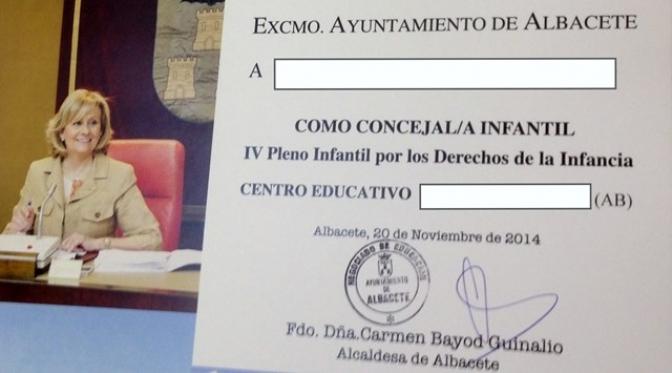 """Críticas socialistas a Bayod por lo que consideran """"diploma electoral"""" que se dio a los niños del Pleno Infantil"""