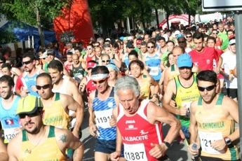 Francisco Núñez Chumillas y Adela Cabañero ganaron en Tobarra en una carrera con mucho calor (GALERÍA DE IMÁGENES)