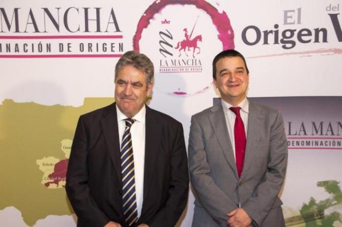 Vino y queso, señas de identidad de Castilla-La Mancha en Bruselas,  en el Día de la Hispanidad