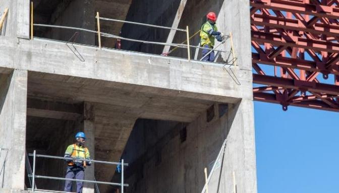 La Junta de Castilla-La Mancha adjudica ayudas a empresas para que mejoren la prevención de riesgos laborales