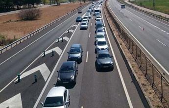 Las carreteras de la provincia de Albacete han seguido teniendo tráfico este lunes