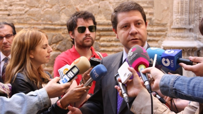 """García-Page:"""" A los periodistas les dicen que quieren readmitir a los 500 interinos y al tribunal lo contrario"""""""