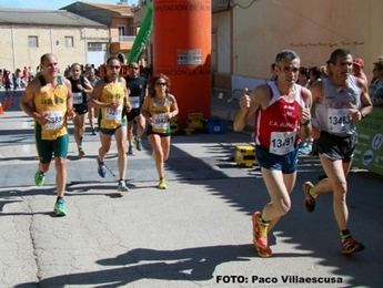 Diego Merlo y Mª Ángeles Magán vencieron en Carrera Popular de La Gineta (Galería de fotos)