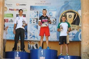 Gómez Carpena e Irere Pareja lograron el triunfo en la carrera de BTT de Alcaraz