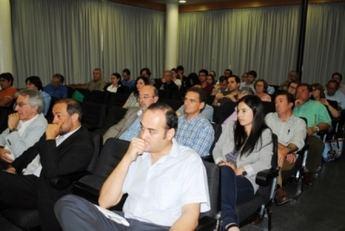 Expertos debaten en el Campus de Albacete sobre desarrollo e innovación en el sector agroalimentario
