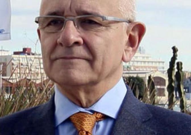 El investigador José Viña hablará de la fisiología del envejecimiento en la Facultad de Medicina de Albacete