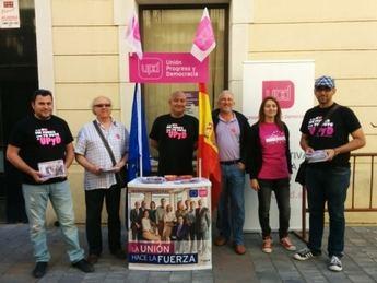 Acto de campaña de UPyD en el mercado de Almansa