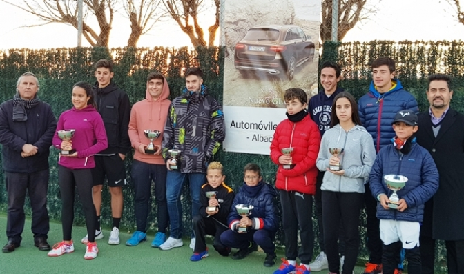 El toledano Javier Sánchez, campeón del Open de Tenis Automóviles Villar de Albacete