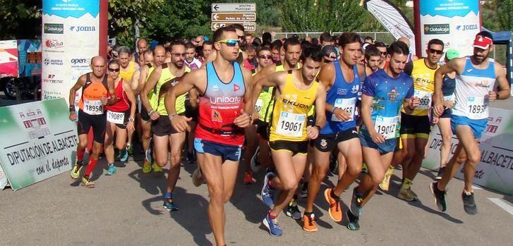 María Ángeles Magán y Jesús Ángel Rodríguez ganaron la Carrera Popular de Férez