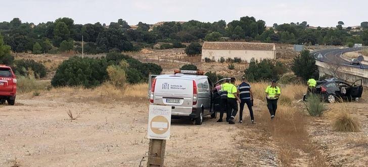 Una muerta y una herida grave al chocar un turismo y un camión en Motilleja (Albacete)