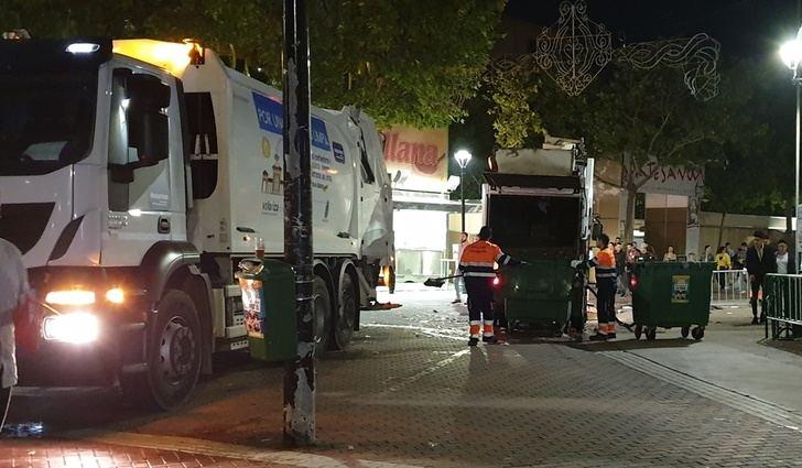 Madrugada en la Feria de Albacete: Los trabajos de limpieza se intensifican