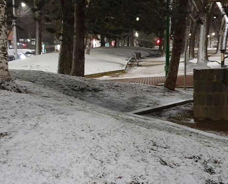 El temporal de nieve que afecta a casi toda la provincia de Albacete, también llega a la capital