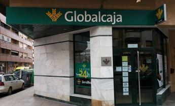 Un hombre, que llevaba un arma de fuego, intenta atracar una oficina de Globalcaja en Hellín