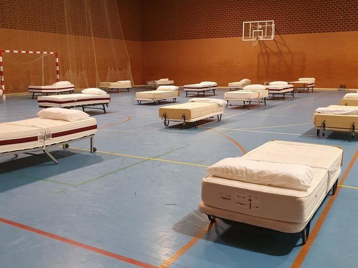 El Ayuntamiento de Albacete acondiciona el pabellón 'Da Vinci' para que las personas sin hogar pasen allí la cuarentena
