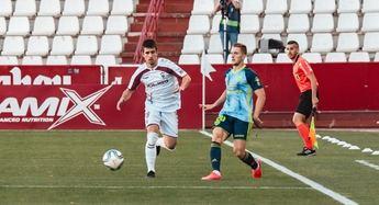 Derrota en casa del Albacete ante el Almería, en su vuelta al Carlos Belmonte (0-1)