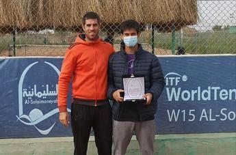 El tenista albaceteño Carlos Sánchez Jover conquista su primer torneo Future, en El Cairo