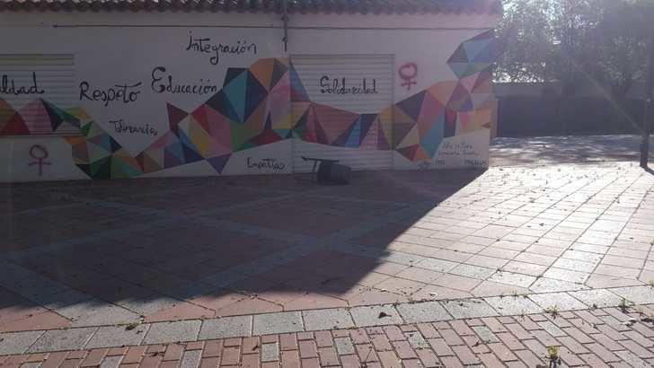 El Ayuntamiento de La Roda lamenta actos vandálicos en el mobiliario urbano durante la cuarentena