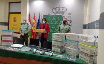 Detenidas 21 personas de una red criminal que habrían estafado a 500 personas con la compra de enciclopedias