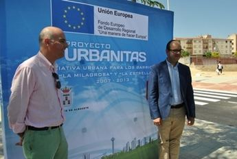 La Milagrosa y la Estrella se abren a la ciudad con la apertura de la nueva calle que conecta con la carretera de Valencia