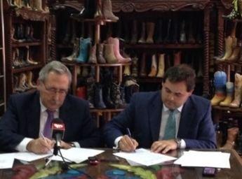 FICE y la Diputación de Albacete firman un convenio para fomentar la marca de calzado de Almansa