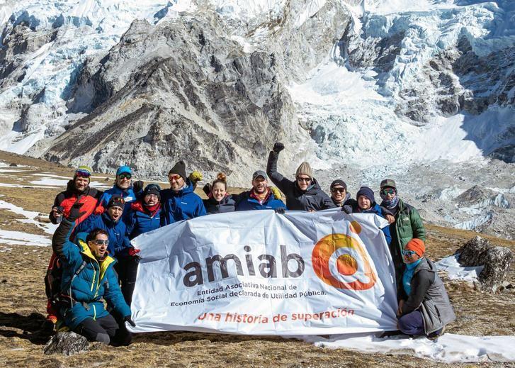 La expedición Álex-Txikon-Amiab consigue su objetivo y llega al Everest