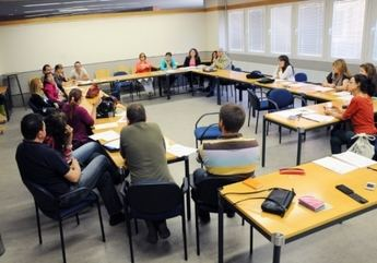 El Campus de Cuenca celebra un taller de análisis de la problemática de los menores sin hogar en España