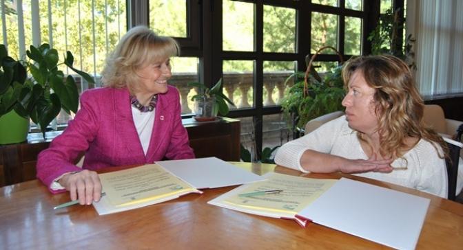 AMIAB y el Ayuntamiento firman un convenio para mejorar el transporte de discapacitados a Romica