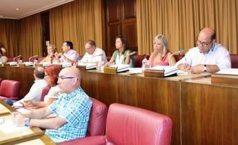 El PSOE acusa al equipo de Gobierno municipal y al PP de dar la espalda a 12.000 desempleados sin prestación