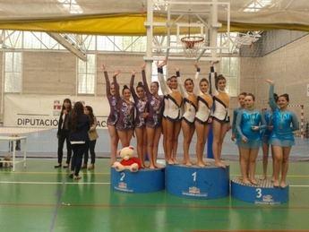 Destacada actuación de la Escuela de Gimnasia Rítmica de La Roda en la segunda fase del Provincial Escolar