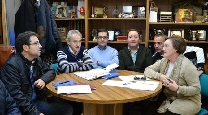 Belinchón (PSOE) se interesa por los problemas de los barrios Feria y San Pablo
