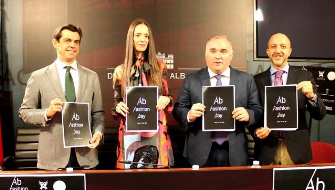 La diseñadora Amaya Arzuaga estará este sábado en la I 'Albacete Fashion Day'