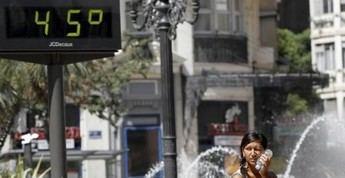 Protección Civil mantiene la alerta por calor e incendios en casi toda la Península y Baleares