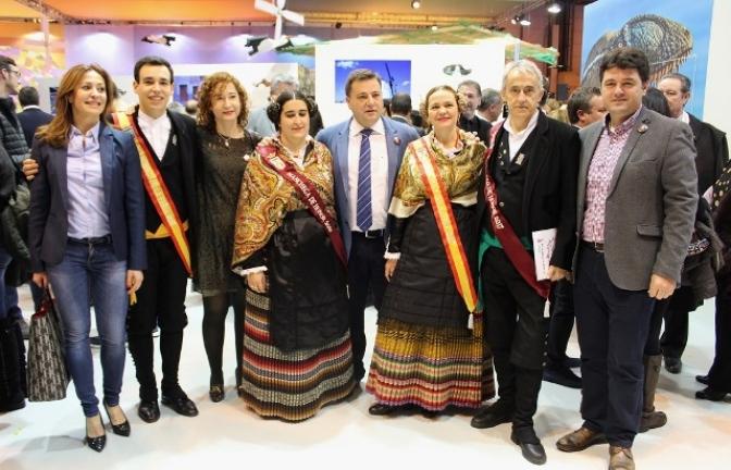 Albacete capital promociona en FITUR la feria, el cine, el festival del circo y su cuchillería