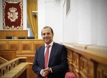 """Bellido celebra el primer año de legislatura con unas Cortes """"accesibles, solidarias e igualitarias"""""""