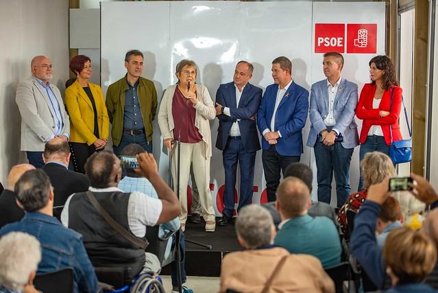 Page participa a la entrega de premios Pablo Iglesias del PSOE en la Feria de Albacete