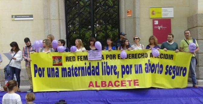 Concentración en Albacete en el Día Internacional de los Derechos Sexuales y Reproductivos de la Mujer, de la Libertad Sexual y la Despenalización del aborto