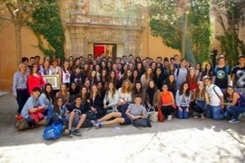 Profesores y alumnos del Lycee Sud Médoc de Saint Medard en Almansa