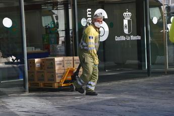Centros sanitarios de Castilla-La Mancha reciben más de 686.000 artículos de protección