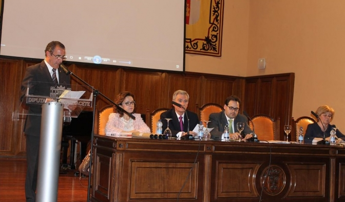 El presidente de la Diputación, Francisco Núñez, inauguró al Día del Instituto de Estudios Albacetenses 2014