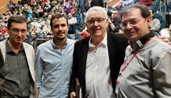 El concejal hellinero Morcillo participó con el encuentro programático de IU