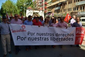 """González Ramos: """"Cuando el Gobierno de Rajoy presume de previsiones pisotea la dignidad de 6 millones de desempleados"""""""