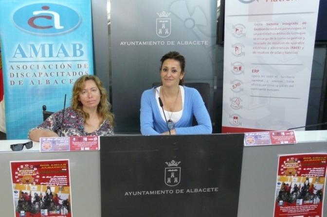 Medio Ambiente y Amiab presentan la campaña de concienciación del Ayuntamiento para la recogida de aparatos eléctricos