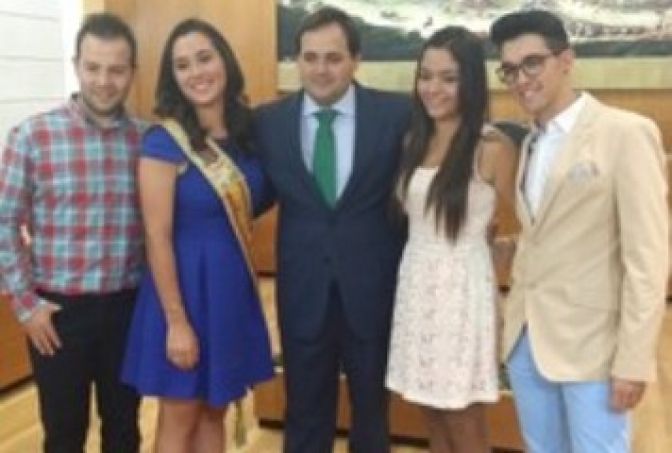 María José Gorreta Iniesta ha sido elegida Reina de las Fiestas Mayores 2015