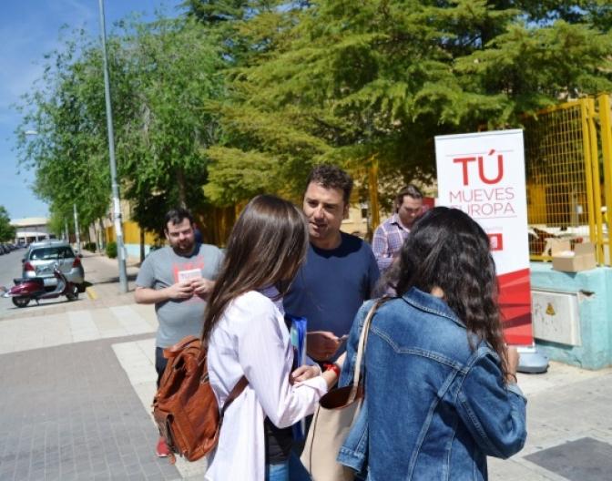 El PSOE de Albacete pide la confianza de los estudiantes de cara a los comicios europeos, en el Campus Universitario