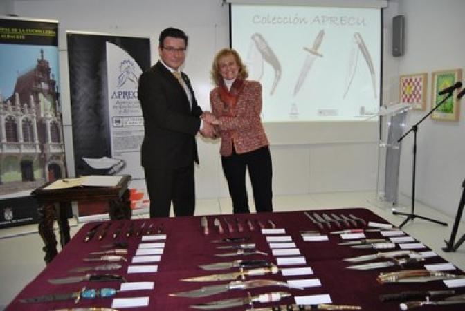 Aprecu dona al Museo de la Cuchillería las piezas galardonadas en los últimos concursos regionales