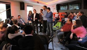 Page dijo a los jóvenes de Albacete que el PSOE derogará la 'Ley Mordaza'